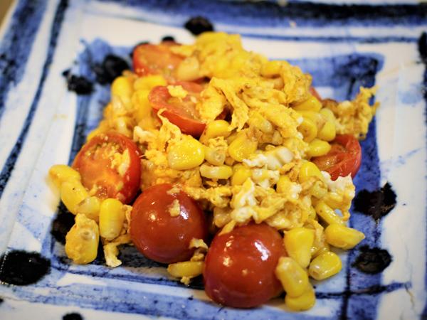 めんこいトマトと嶽きみの卵炒め
